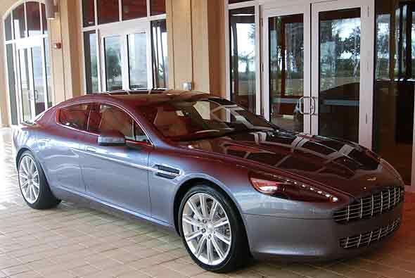 El Aston Martin Rapide se encuentra de gira por los Estados Unidos.