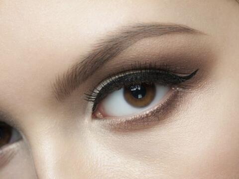 El delineado de ojos es una de las tendencias más solicitadas por...
