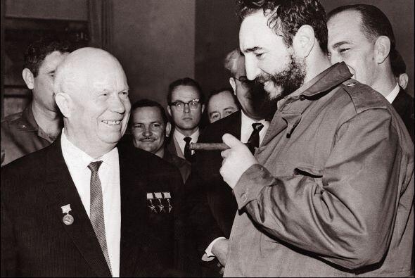 Según Latell y otras autoridades de temas cubanos, Cubela era en realida...
