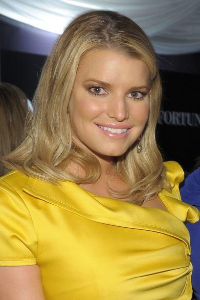 Jessica conoció en mayo de 2010 a Eric Johnson, jugador de la NFL.