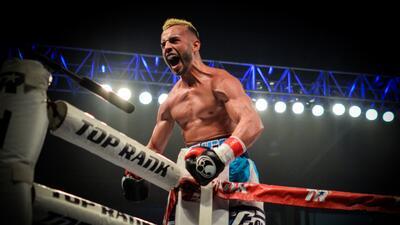 La noche se la llevó el 'Pitufo' Díaz en Solo Boxeo