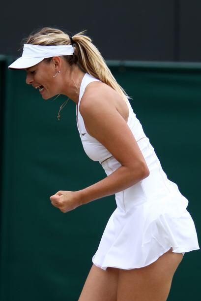 La rusa número cinco de la clasificación de la WTA,  Maria Sharapova sig...