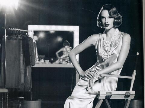 Alessandra Ambrosio muy vintage