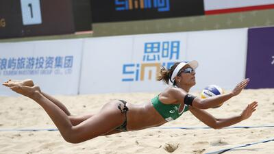 La atlética y sensual Barbara Seixas De Freitas, reina del voleibol playa en Brasil