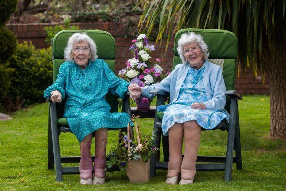 ¡Dorrie Kempsell e Ivy Peck cumplieron 100 años!