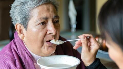 Blanca Rosa Rivera tiene Alzheimer desde 2004 y necesita atención las ve...