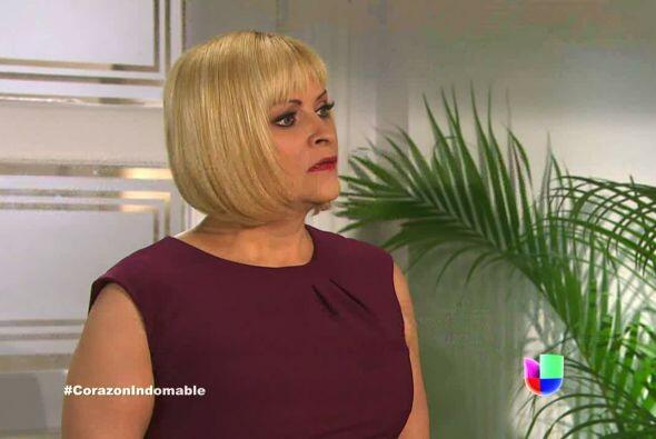 Carola se pone furiosa al enterarse que María Alejandra se irá del casin...
