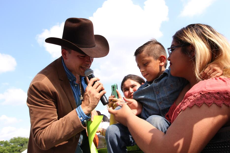 Tremenda fiesta mexicana con los colores, sabores y olores de nuestra ti...