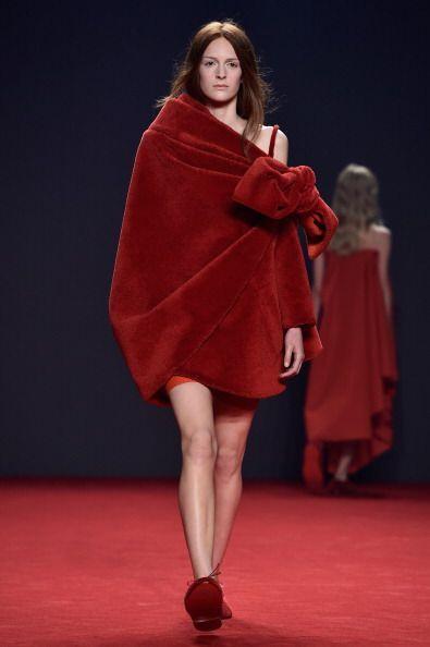Sin lugar a dudas, de lo más extravagantes del Paris Fashion Week de est...