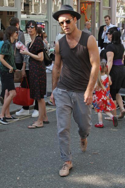 ¿Jude Law le heredó lo 'rockero' a su hijo?