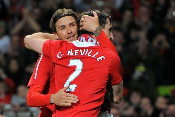 Ambos jugadores se fundieron en un abrazo.