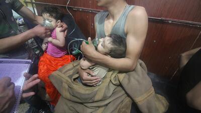 Niños y mujeres: las víctimas más sensibles del presunto ataque químico en Siria (Imágenes fuertes)