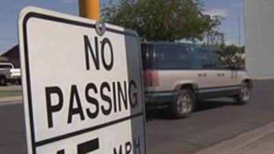 Limite de 15 millas por hora en zonas escolares