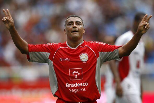 FUTBOLISTAS ROMÁRIO: Este futbolista brasileño fue condena...