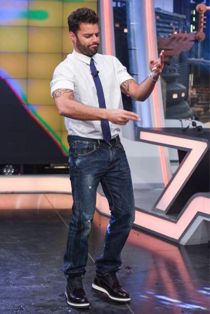 Ricky Martin lució muy casual y cómodo, sin duda domina el estilo urbano.
