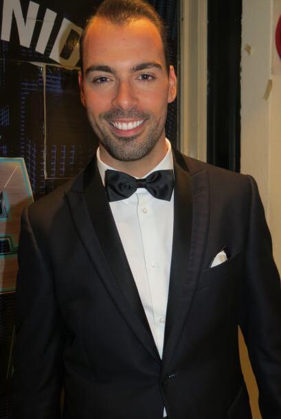 Arias Martín en la entrada del foro, listo para cantar en la segunda gala.
