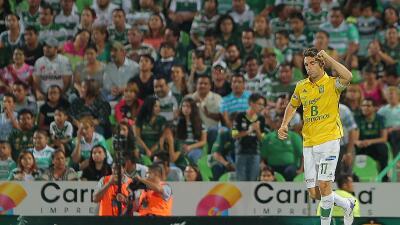 Mauro Boselli se despachó con dos goles.