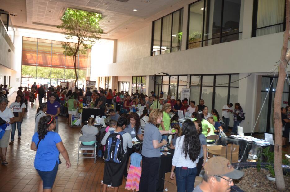 Familias del Valle Central aprovecharon de la Feria de Salud 2016