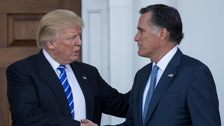 Mitt Romney y Donald Trump