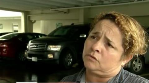Conductora de Uber multada