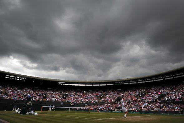 Las nubes amenazaron el duelo.