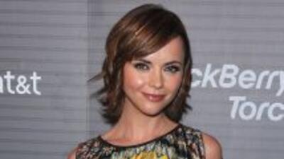 La actriz Christina Ricci compartió varias escenas románticas con Robert...