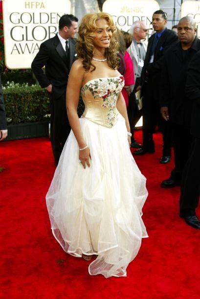 En 2001, este fue el espantoso 'look' que portó Beyoncé. L...