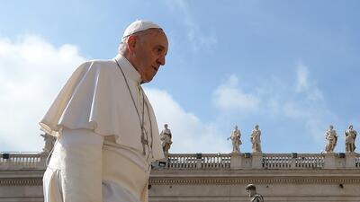 Papa Francisco: escándalo que las mujeres ganen menos que los hombres