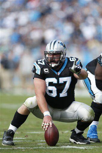 Ryan Kalil, centro de los Carolina Panthers (AP-NFL).