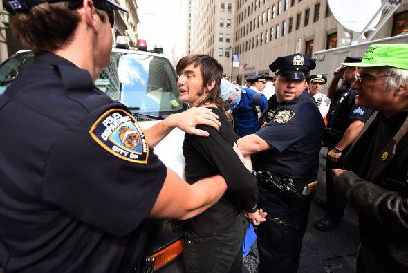 Las detenciones se realizaron luego de que algunos manifestantes intenta...