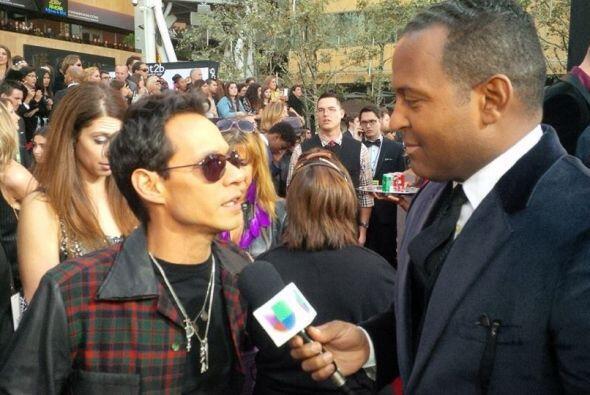 En la alfombra roja Tony Dandrades habló con Marc.