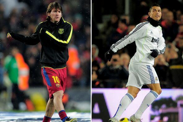 Messi y Cristiano tuvieron distintos recibimientos cuando salieron a cal...