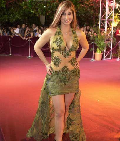 2. Odalys García vestida de lechuga. A esta curvilínea famosa se le pasó...