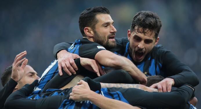 Inter de Milán es el nuevo líder de la Serie A tras su goleada al Chievo...