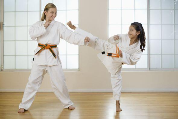 Otro deporte que puedes tomar en cuenta son las artes marciales artes ma...