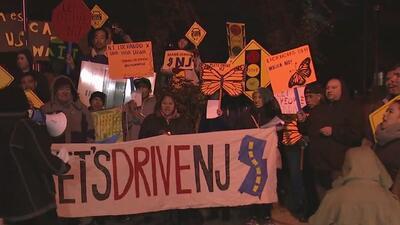 Activistas en Nueva Jersey exigen aprobación de licencias de conducir para indocumentados