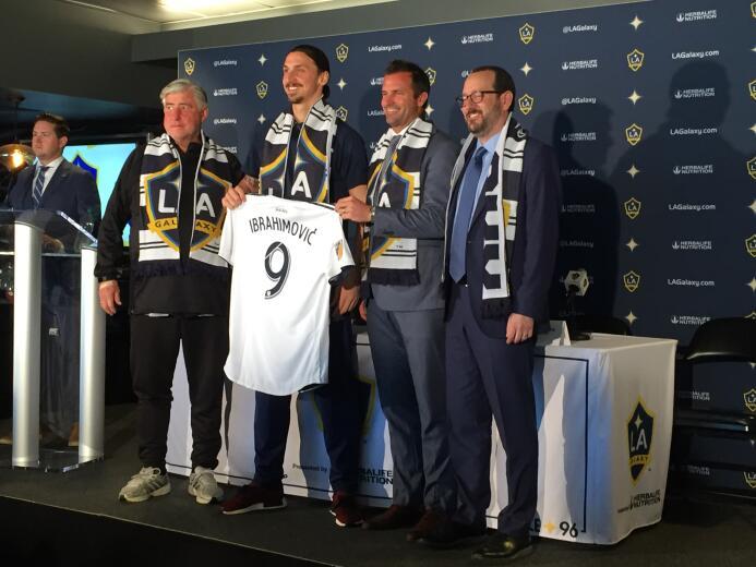 En fotos: Así fue la presentación de Zlatan Ibrahimovic con el LA Galaxy