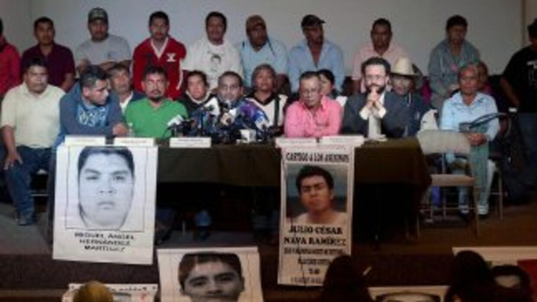 Los padres de Ayotzinapa seguirán buscando