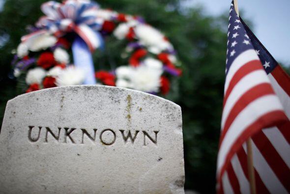 La tumba del soldado desconocido es uno de los puntos que año con año se...