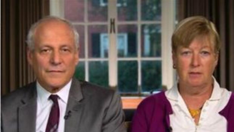 Mitchell Levi y Diane Mukpo, padres del camarógrafo estadounidense diagn...