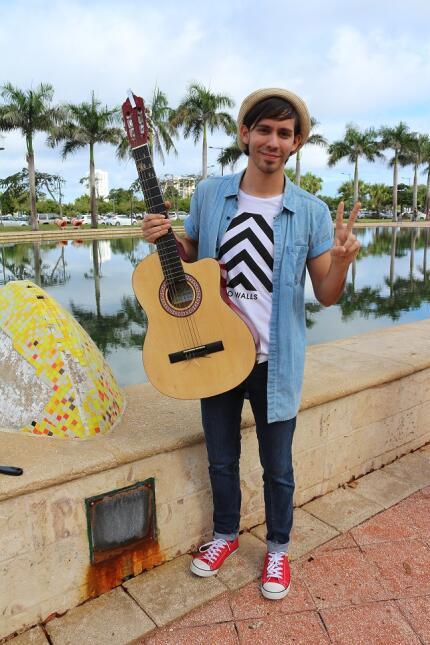 Estos chicos trajeron sus guitarras para las audiciones de La Banda en P...