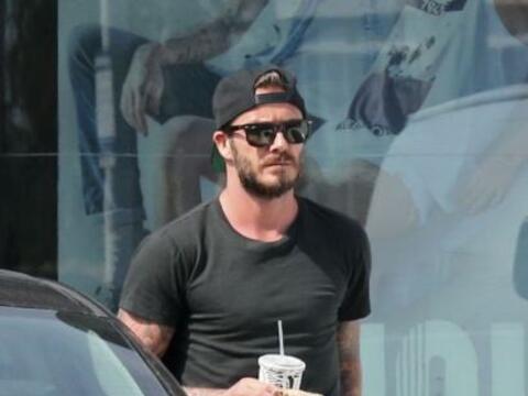 Los paparazzi captaron a los Beckham de paseo por Malibú.