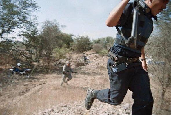 Guzmán, de 54 años, ha logrado eludir a las autoridades con el apoyo de...
