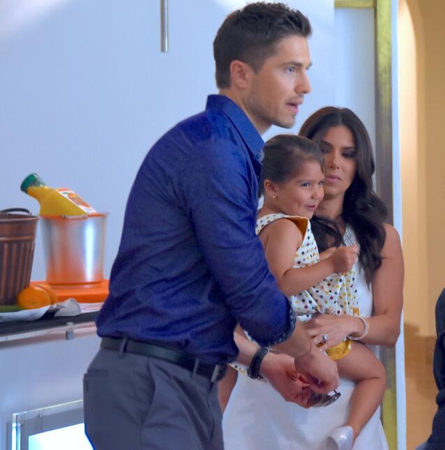 la hija de Roselyn Sanchez debuta en pasarela