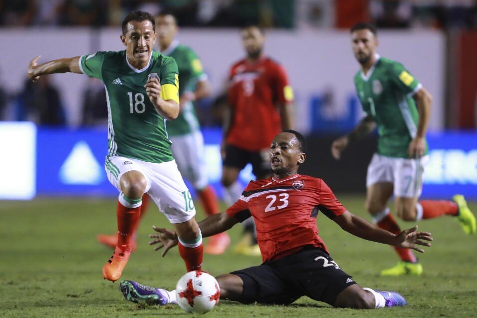Crece la enfermería del Tri: Héctor Moreno fue baja en la práctica de la...