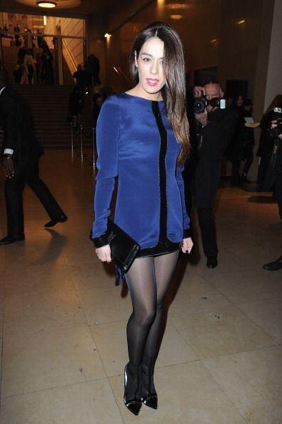 Sofia Essaidi no faltó y lució un vestidito muy original en color azul c...