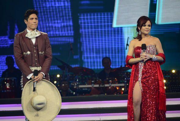 ¡Y la boricua le ganó al mexicano una vez más!