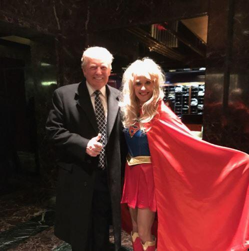 Kellyanne Conway tuiteó esta foto con Donald Trump con el mensaje: &quot...