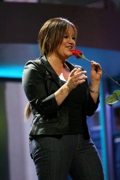 Y en 2008 fue invitada a hacer un espectacular debut musical que dejó a...