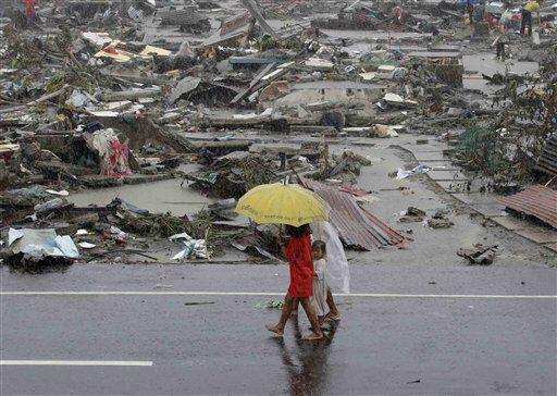 Según informes del gobierno filipino, 36 de las 80 provincias han sido a...